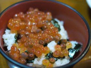 毛ガニもジンギスカンも!北海道で食べたいものが全部揃った老舗居酒屋の記事で紹介されました