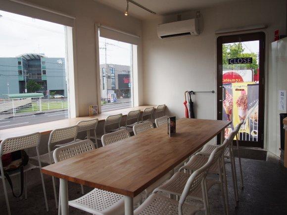 レストラン&バイシクルの内装の画像