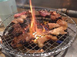 1000円で焼肉90分食べ放題!ご飯やカレーもおかわり自由の焼肉店の記事で紹介されました