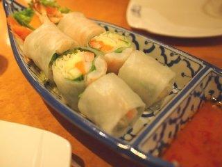 銀座なのにお得過ぎ!充実の6品コースが2300円のタイ料理の記事で紹介されました