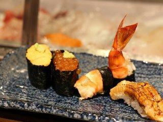 回らないお寿司がこの値段!?遅めデートにも最適な広尾のお店