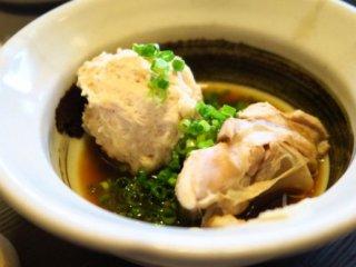 極上の水炊き鍋をリーズナブル&カジュアルに!予約必須の人気和食店の記事で紹介されました