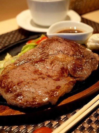 全て1,000円以下!銀座なのに安くて美味しいとっておきの肉ランチの記事で紹介されました