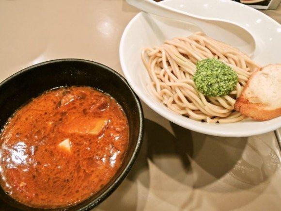新宿駅付近で今食べてほしいラーメンを厳選!絶対外さない8軒