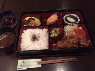 まるで江戸時代!蔵の中で味わう松花堂弁当で和食の美味しさを満喫の記事で紹介されました