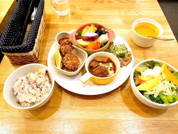 ランチの定番生姜焼き!王道から変わり種までタイプ別まとめ4選@麹町の記事で紹介されました