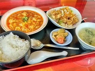 四川麻婆豆腐と油淋鶏のランチセット
