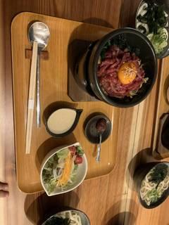 近江牛炙りユッケ丼ランチ