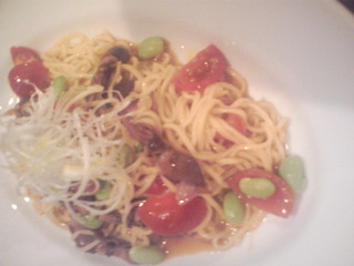 ホタルイカと枝豆とフレッシュトマトとアンチョビのパスタ