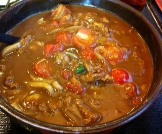 トマト牛カレーうどん