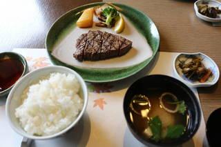 昼の膳 和風ステーキ