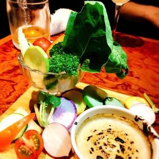 自家製新鮮野菜のバーニャカウダ