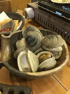 海鮮マヨぽんサラダ、アスパラ一本焼き、ホタテ、ハマグリ
