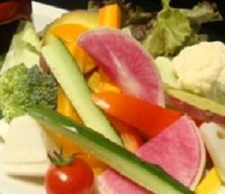 季節の彩り農園野菜の絶品バーニャカウダ