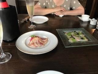 鴨のスモークと鱸のカルパッチョ