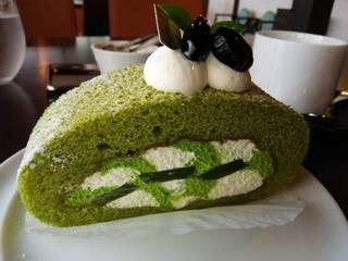 茶の雫ロールケーキ(1カット)