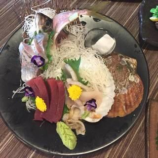 【刺身】直送の新鮮なお魚の素材の旨みを追及♪
