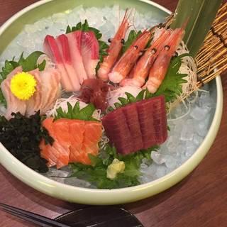 本日の鮮魚のお刺身 豪華五点盛り