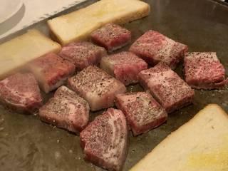 神戸牛サイコロステーキ