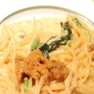 ウニとほうれん草のクリームスパゲッティ