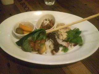 無農薬ロースト野菜とオススメ前菜5種類
