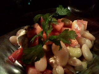 フルーツトマトと3種の豆サラダ