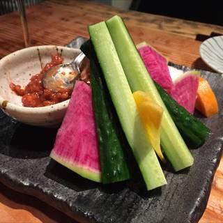 もろ味噌で食べる生野菜