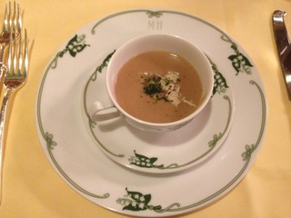 栗と鶏肉のスープ